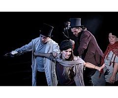'Cáscaras vacías' en el teatro María Guerrero