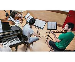 Convocatoria de becas UAX 2017/18 para los grados oficiales universitarios en interpretación musical