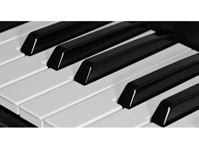 Se busca Profesor Superior de Piano Autónomo