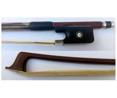 Se vende Arco profesional de Viola. Santiago Pardo año 2000